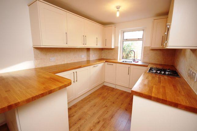 4 bed terraced house to rent in Felixstowe Road, Kensal Green NW10