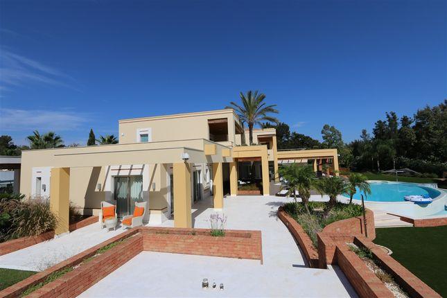 Thumbnail Villa for sale in Penina, Portimão, Portimão Algarve