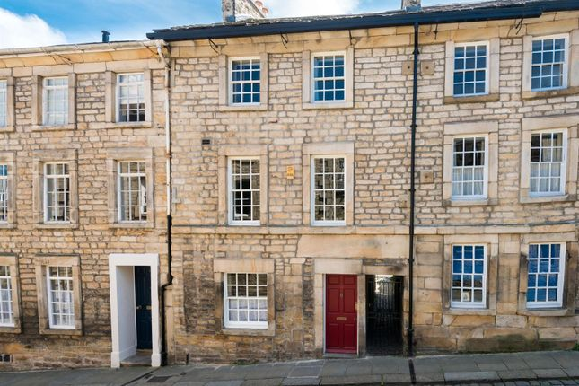 Thumbnail Terraced house for sale in Castle Hill, Lancaster