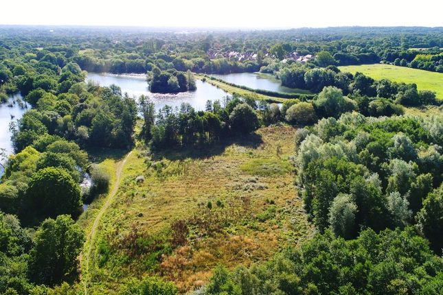 Thumbnail Leisure/hospitality for sale in Kings Glade, Yateley