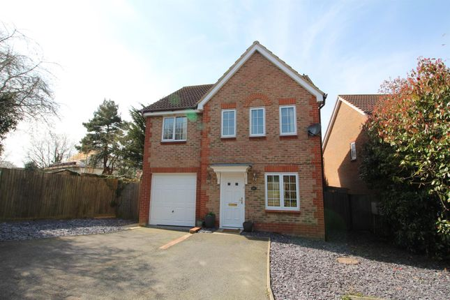 Thumbnail Detached house to rent in Hillbrow Lane, Ashford