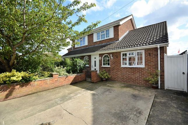 3 bed property for sale in Sanctuary Way, Grimsby