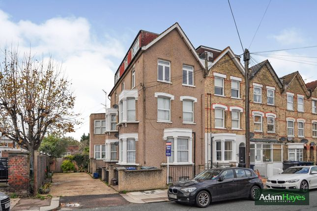 Thumbnail Flat for sale in Holly Park Road, Friern Barnet