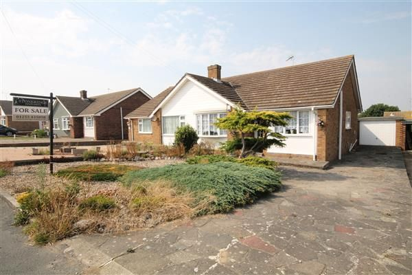 2 bed bungalow for sale in Walton Road, Walton On The Naze