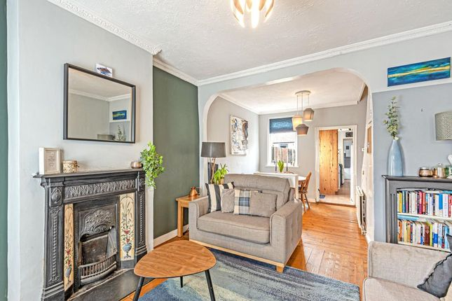 Thumbnail Cottage for sale in Colnbrook, Berkshire