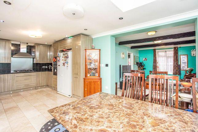 Kitchen/Diner of Minet Drive, Hayes UB3