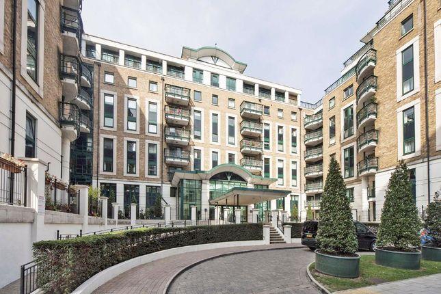 Thumbnail Flat to rent in Beckford Close, Warwick Road, London