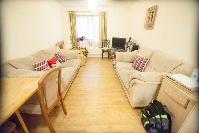 Thumbnail Flat to rent in Savera Close, Southall