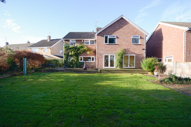 5 bed detached house for sale in Deerlands Road, Chesterfield