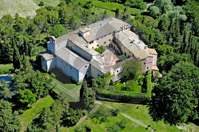 Thumbnail Château for sale in Mulino di Spineto, Sarteano, Siena, Tuscany, Italy