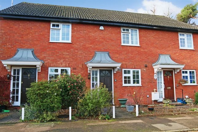 2 bed terraced house to rent in Athlone Close, Radlett WD7