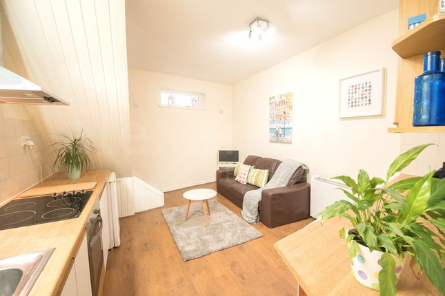 Thumbnail Semi-detached house to rent in Eastgate, Aberystwyth