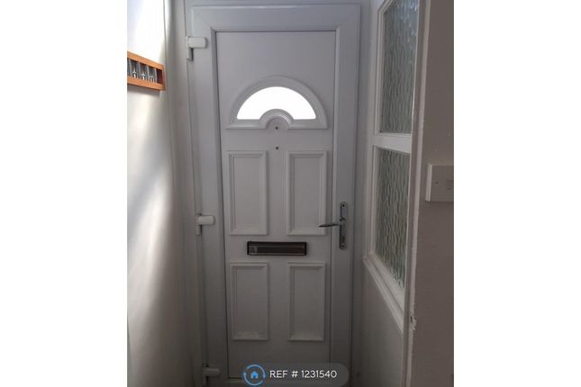 3 bed terraced house to rent in County Street, Oldham OL8