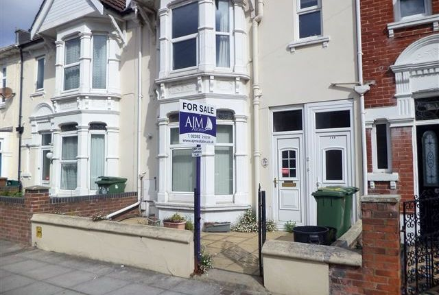 Flat for sale in Lower Flat, Ophir Road, North End, Portsmouth, Hampshire