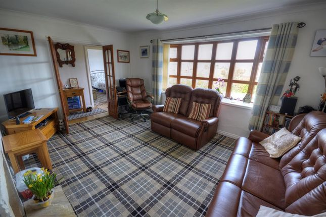 Wonderful Sea Views From This Three Bedroom Bungalow: Sea View Crescent, Scarborough YO11, 3 Bedroom Bungalow