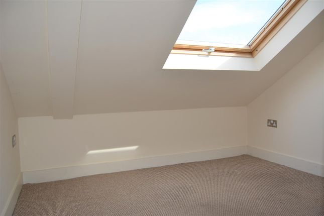 Bedroom Two of Thorncliffe Street, Lindley, Huddersfield HD3