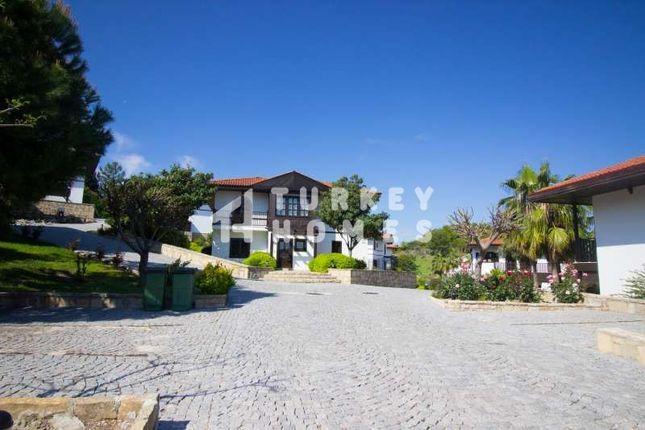 Detached Traditional Style Villa - Manavgat - Cobblestone Roads