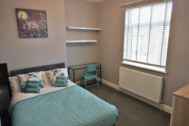 Thumbnail Shared accommodation to rent in Regent Street, Normanton