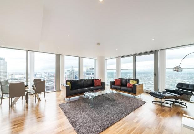 Thumbnail Flat to rent in Landmark East Tower, 24 Marsh Wall