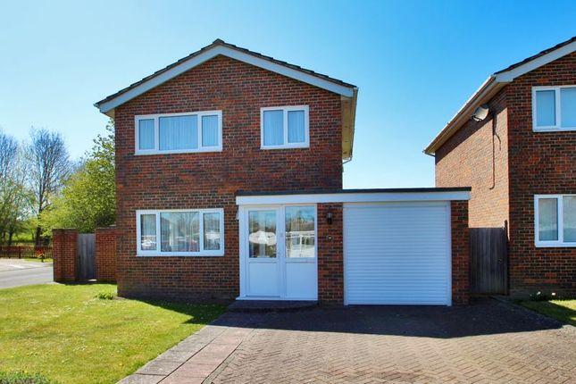 Thumbnail Detached house for sale in Ashcombe Drive, Edenbridge
