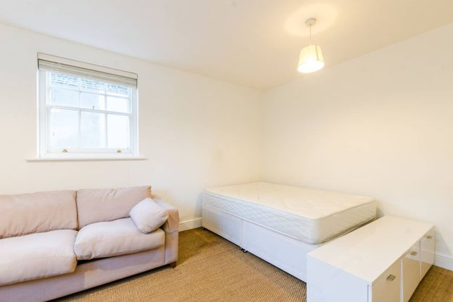 Thumbnail Studio to rent in Kirkwall Place, Bethnal Green