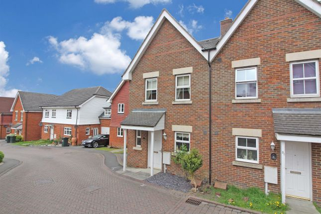 Thumbnail Semi-detached house for sale in Gravelly Field, Ashford, Kent