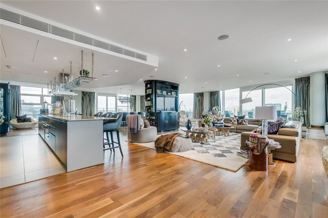 Flat for sale in Ensign House, Juniper Drive, London