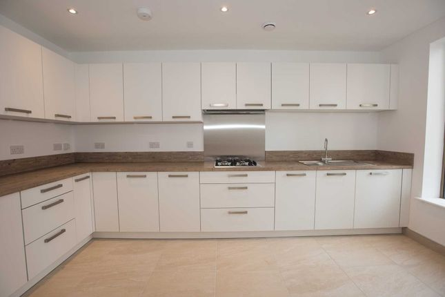 Thumbnail Flat for sale in Wellington Street East, Salford