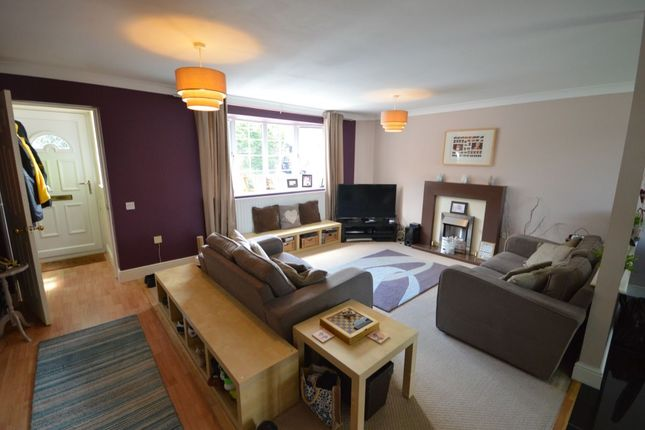 Thumbnail Detached house for sale in Cornfields, Andover