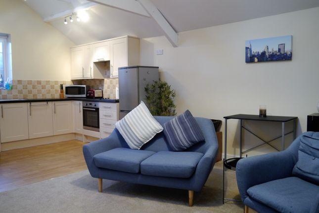 Thumbnail Flat to rent in Wellington Road, Nantwich