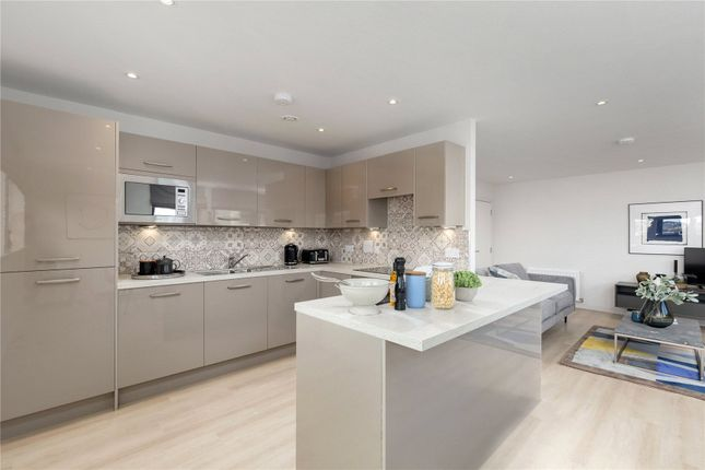 Thumbnail Flat to rent in Canal Walk, Edinburgh, Midlothian