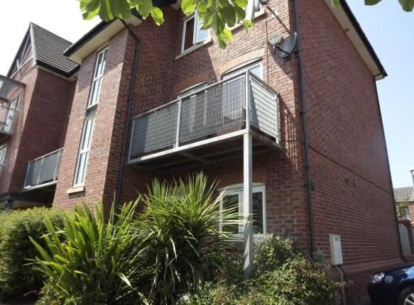 Thumbnail Terraced house to rent in Waterside, Sale