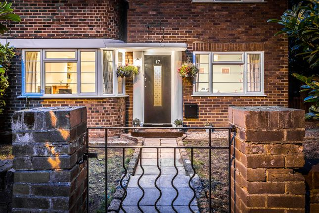 Thumbnail Maisonette for sale in Queens Road, Kingston Upon Thames