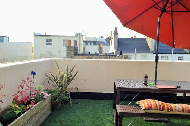Thumbnail Flat to rent in Eaton Place, Sussex