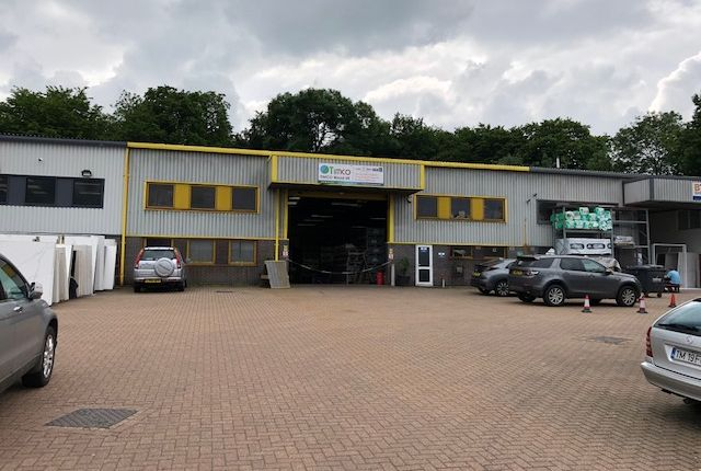 Thumbnail Warehouse to let in Whitworth Road, Stevenage