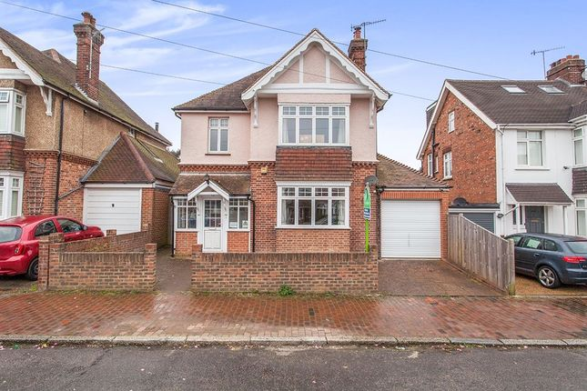 Thumbnail Detached house for sale in Riddlesdale Avenue, Southborough, Tunbridge Wells