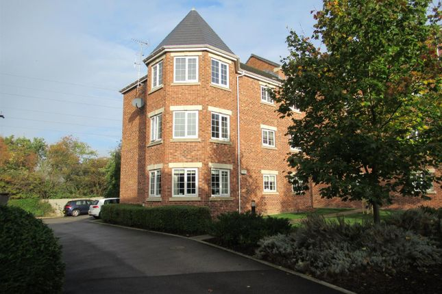 Thumbnail Flat to rent in Castle Lodge Gardens, Rothwell, Leeds