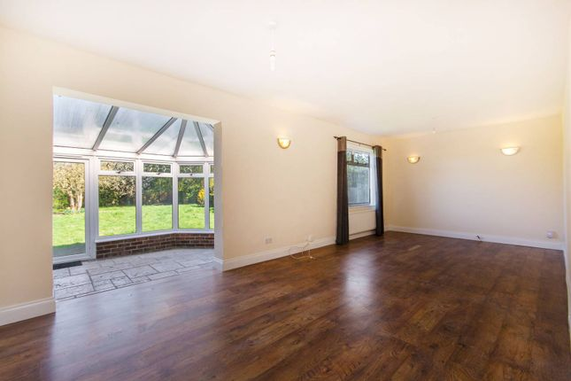 Thumbnail Bungalow to rent in Aultone Way, Sutton