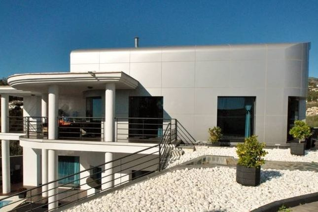 4 bed villa for sale in Benalmádena, Málaga, Spain