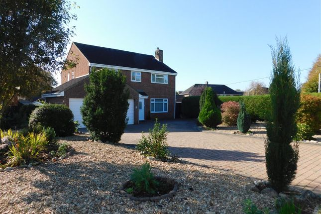 Thumbnail Detached house for sale in Riverside, Calne