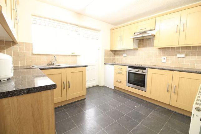 Thumbnail Detached bungalow for sale in Fairgreen Road, Caddington, Luton