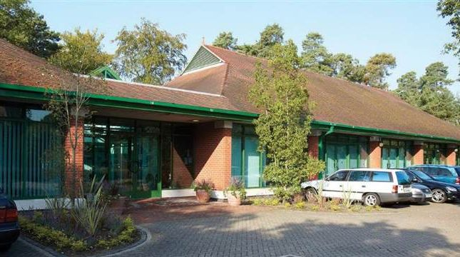 Thumbnail Office to let in Suite 4, The Business Centre, Silwood Park, Ascot, Berkshire
