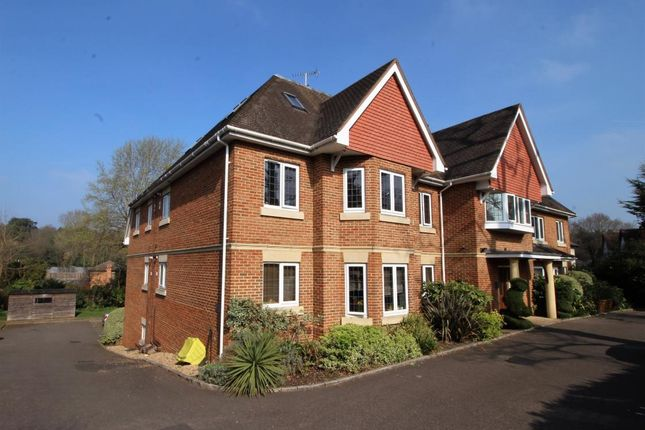 Thumbnail Flat for sale in 72 Portsmouth Road, Camberley