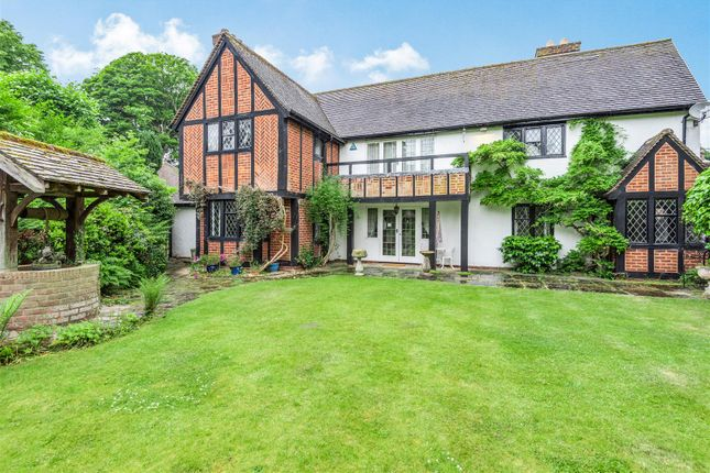 Thumbnail Property for sale in Manor Drive, Sutton Coldfield