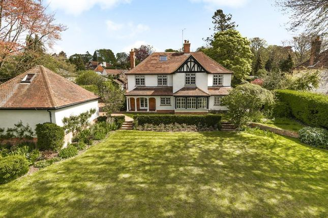 Thumbnail Detached house for sale in Reading Road, Goring On Thames