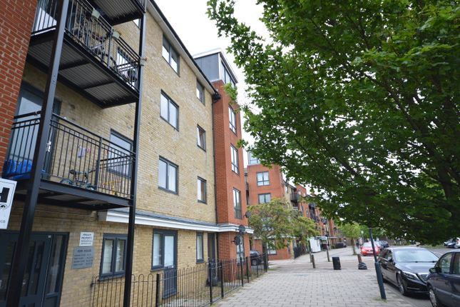 Thumbnail Flat for sale in Hirst Crescent, Wembley