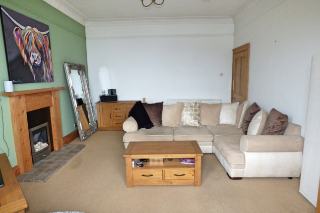 Lounge of 14A Nelson Street, Dunoon PA23
