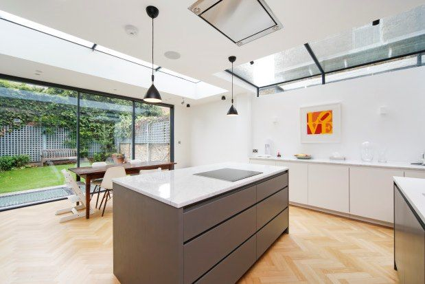 Thumbnail Property to rent in Delvino Road, Parsons Green