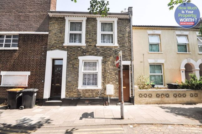 Thumbnail Flat to rent in Western Street, Bedford