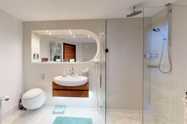 Master Ensuite of Lakeside Road, Branksome Park, Poole BH13